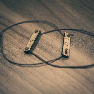 Freundschafts Armband aus Holz
